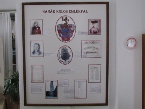 Hanák Kolos emlékfal a kiállításon (Fotó: Mentusz Károly)