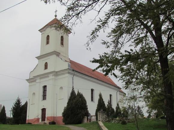 A műemlék katolikus templom (Fotó: Mentusz Károly)